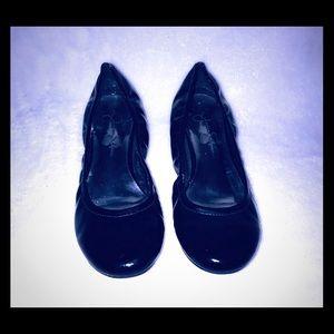 Jessica Simpson Shiny Black Ballet Flats